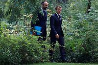 Mit neuem, grünen Image: Präsident Emmanuel Macron (rechts) und Premierminister Edouard Philippe auf dem Weg zu einem Treffen mit den Vertretern der Klima-Bürgerkonvention.