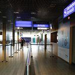 Governo volta a oferecer testes PCR à chegada ao aeroporto do Findel