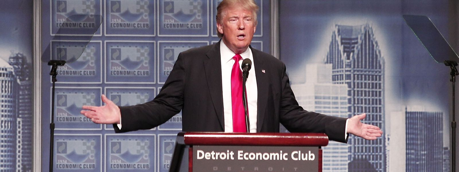 Der Präsidentschaftskandidat hielt seine Grundsatzrede zur Wirtschaft in Detroit.