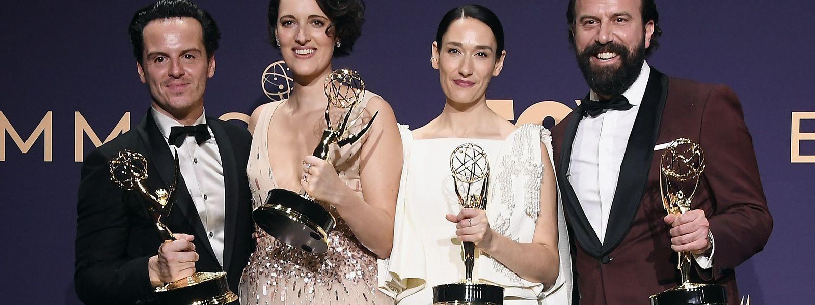 Andrew Scott, Phoebe Waller-Bridge, Sian Clifford et Brett Gelma (de g. à dr.), les grands vainqueurs de la 71e cérémonie des Emmy Awards