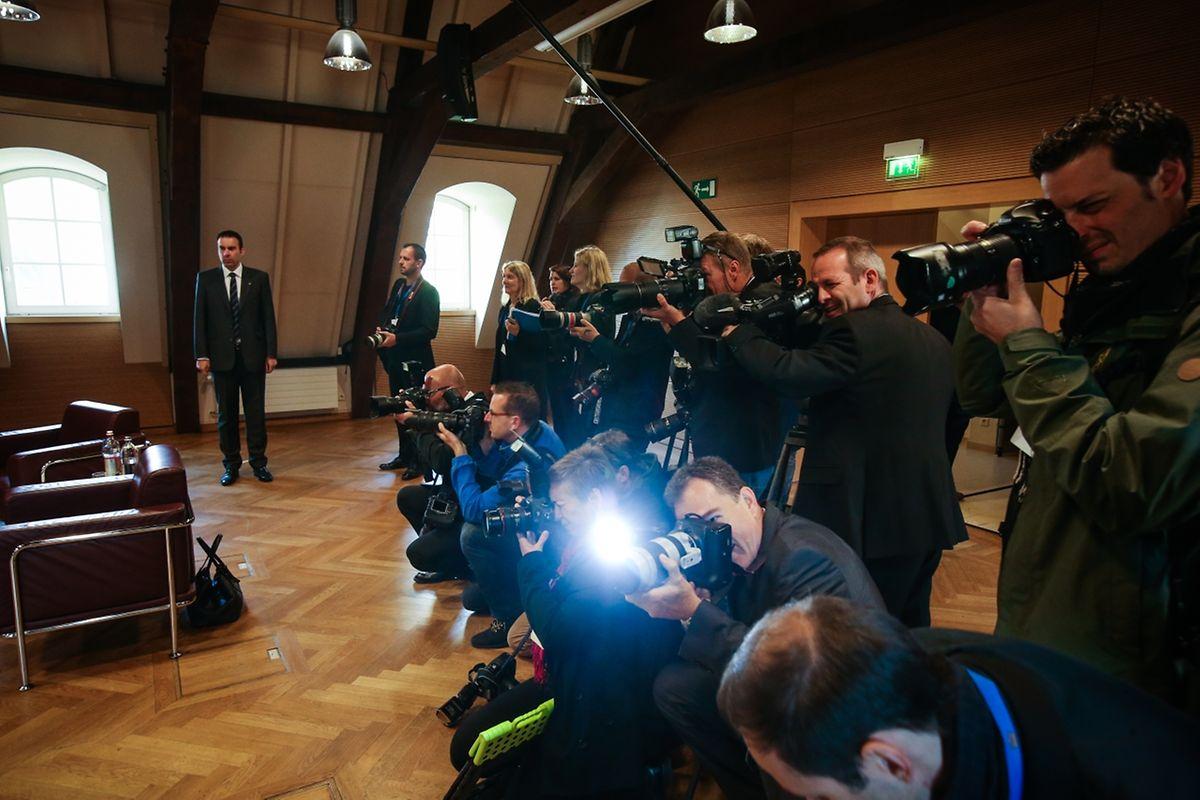 Zahlreiche Medienvertreter wohnten dem feierlichen Empfang bei.