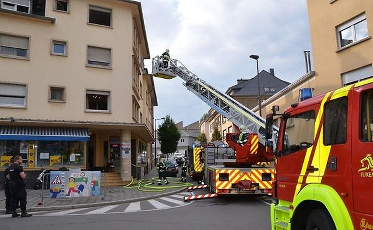 O prédio na rue Sigismond teve de ser evacuado