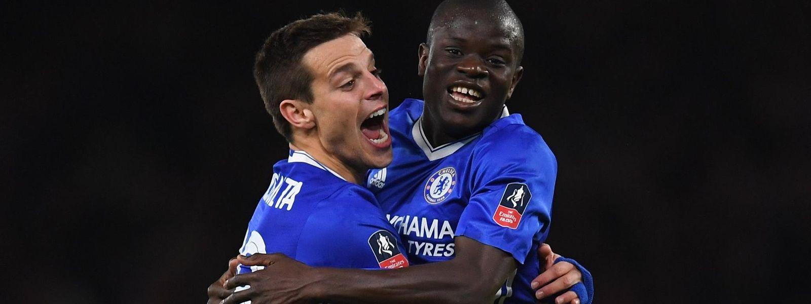 N'Golo Kanté celebra o golo que marcou na vitória do Chelsea frente ao Man. United