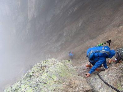 """GR20 trek in Corsica. Descent into the """"cirque de la solitude"""""""