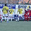FLF Fussball Meisterschaft BGL Ligue Spielzeit 2018-2019 zwischen dem FC Differdingen 03 und F91 Dudelingen am 24.02.2019 Marc Andre KRUSKA (6 F91) vor Gilles BETTMER (20 FCD03)