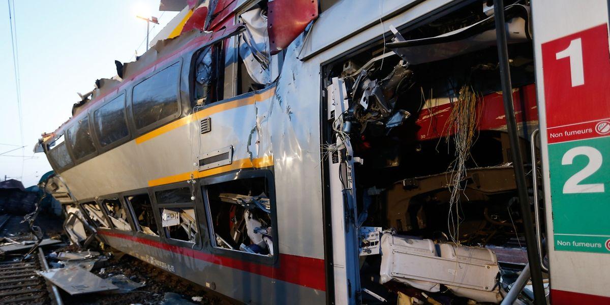 Le mardi 14 février vers 8h45, un train de marchandises en provenance de la France a percuté de plein fouet un train de voyageurs qui se trouvait à ce moment-là sur la même voie à Bettembourg.