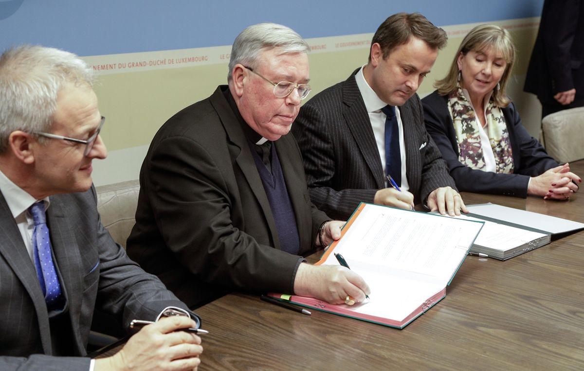 Das Abkommen zur Finanzierung der Kathedrale konnte wie geplant unterschrieben werden.