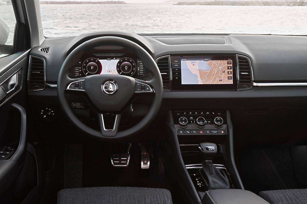 Gegen Aufpreis gibt es das Karoq-Cockpit auch mit Digitaldisplay.