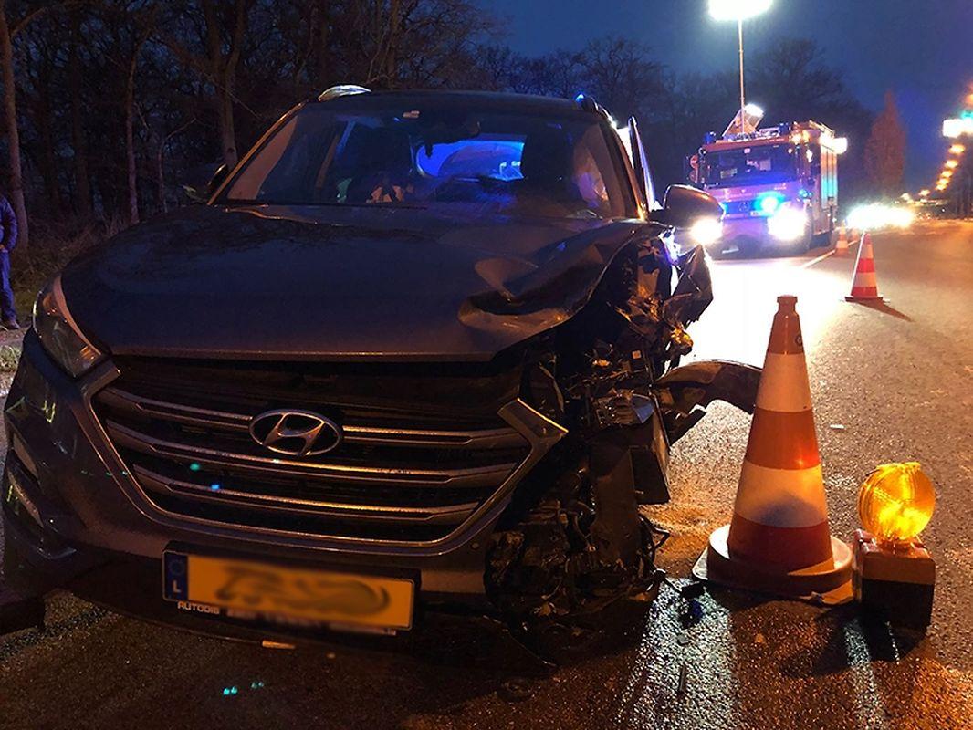 Frontalkollision nahe des Parc Merveilleux in Bettemburg. Zwei Personenn wurden leicht verletzt.