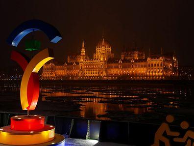 Le parlement hongrois ne sera pas illuminé avec le logo olympique en toile de fond. Budapest n'est plus candidate pour les Jeux 2024.