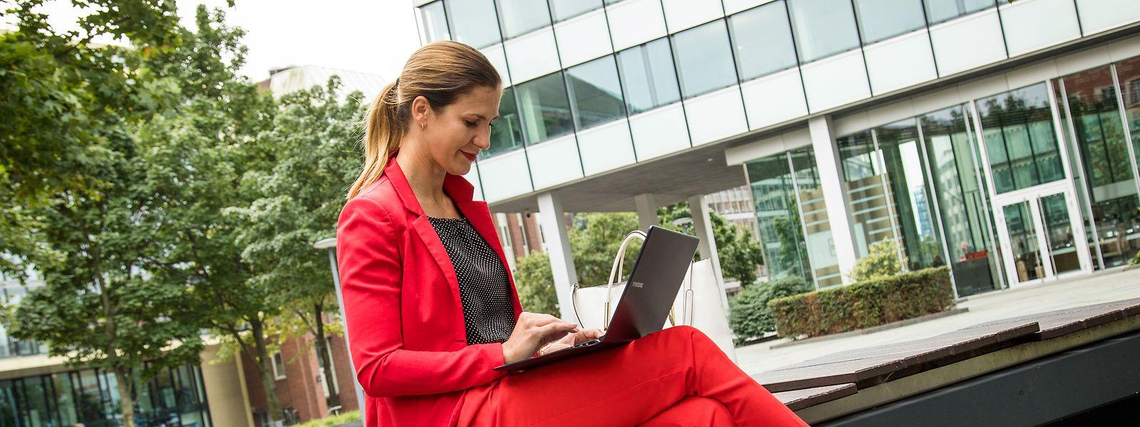 Wer sich auf Karrierewebseiten oder in sozialen Netzwerken sichtbar macht, sorgt für berufliche Krisensituationen vor.