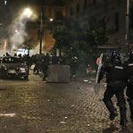 De Nápoles a Milão, a revolta contra a crise social espalha-se por Itália