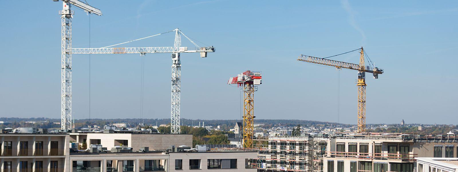 Die Beseitigung von Hindernissen für das Baugewerbe wird Luxemburg ans Herz gelegt.