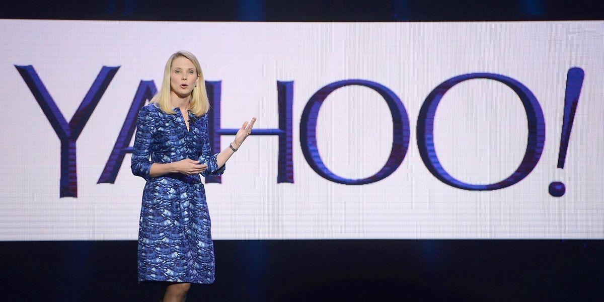 Yahoo-Chefin Marissa Mayer spart am Personal und schließt mehrere Filialen.