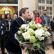 10.2.Lux-Stadt / Valentinsumzug der Blumengärtner / Besuch in der Chamber und bei der Regierung / St Valentin / Valentinspaar Liz an Pol Foto:Guy Jallay