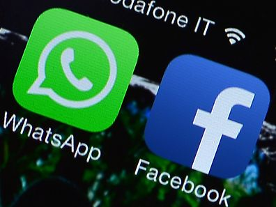 Die Nutzungsregelungen für Whatsapp sehen vor, dass die App Telefonnummern an die Konzernmutter Facebook für personalisierte Werbung weitergeben darf.
