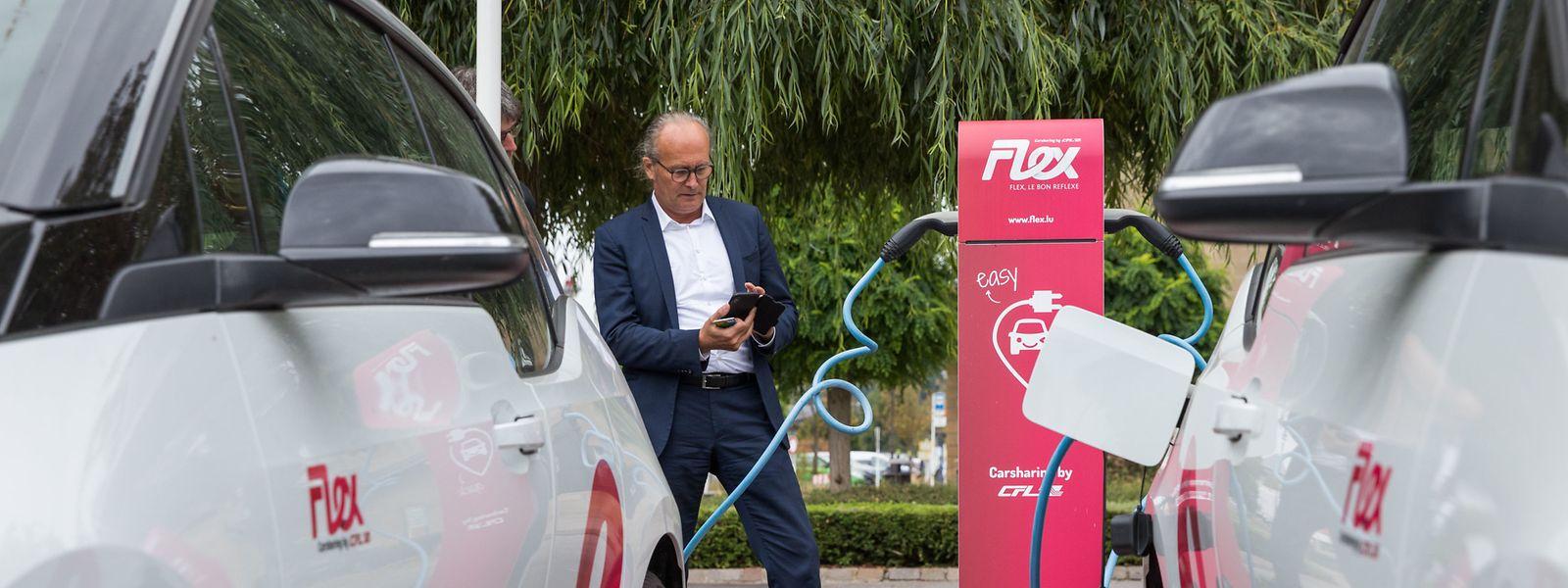 Le ministre de l'Energie veut encourager les particuliers à s'équiper en véhicules électriques, compris en aidant à l'implantation de bornes de recharge privées.