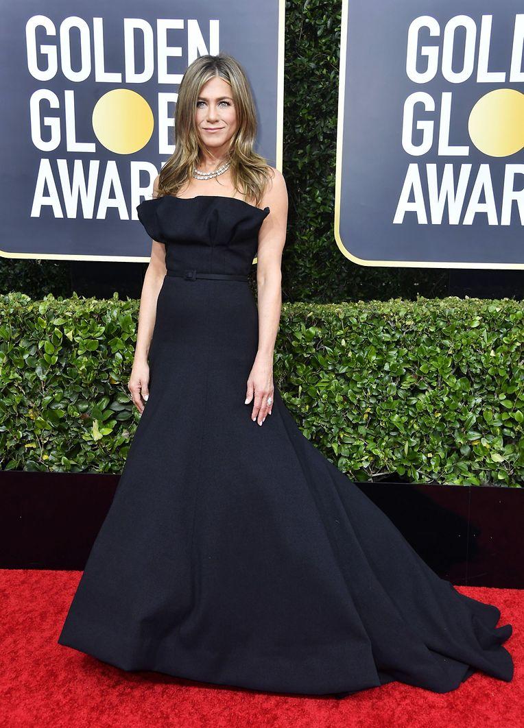"""Kam ohne ihre """"Friends"""": Jennifer Aniston trug ein Kleid von Dior."""