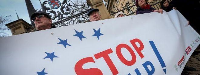 Die Ceta-Gegner fordern eine Studie über die Auswirkungen des Handelsabkommens auf Luxemburg.