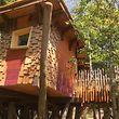 Voraussichtlich im Oktober werden die ersten Gäste in diesem Baumhaus übernachten können.