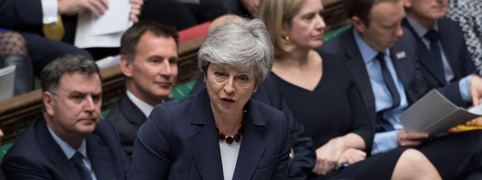 Theresa May: «Je suis prête à quitter ce poste plus tôt que prévu».