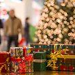 An Weihnachten packen viele in Luxemburg Geschenke aus. Die Meisten wissen aber nicht, woher die Tradition stammt.