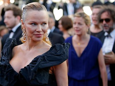"70th Cannes Film Festival - Screening of the film ""120 battements par minute"" (120 Beats Per Minute) in competition - Cannes, France. 20/05/2017. Actress Pamela Anderson poses. REUTERS/Stephane Mahe"