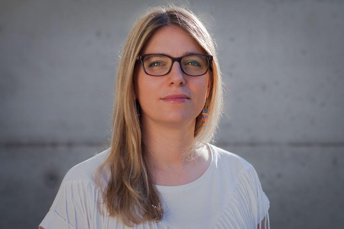 A realizadora Sandy Lorente documentou a adaptação da avó a um lar no Luxemburgo.