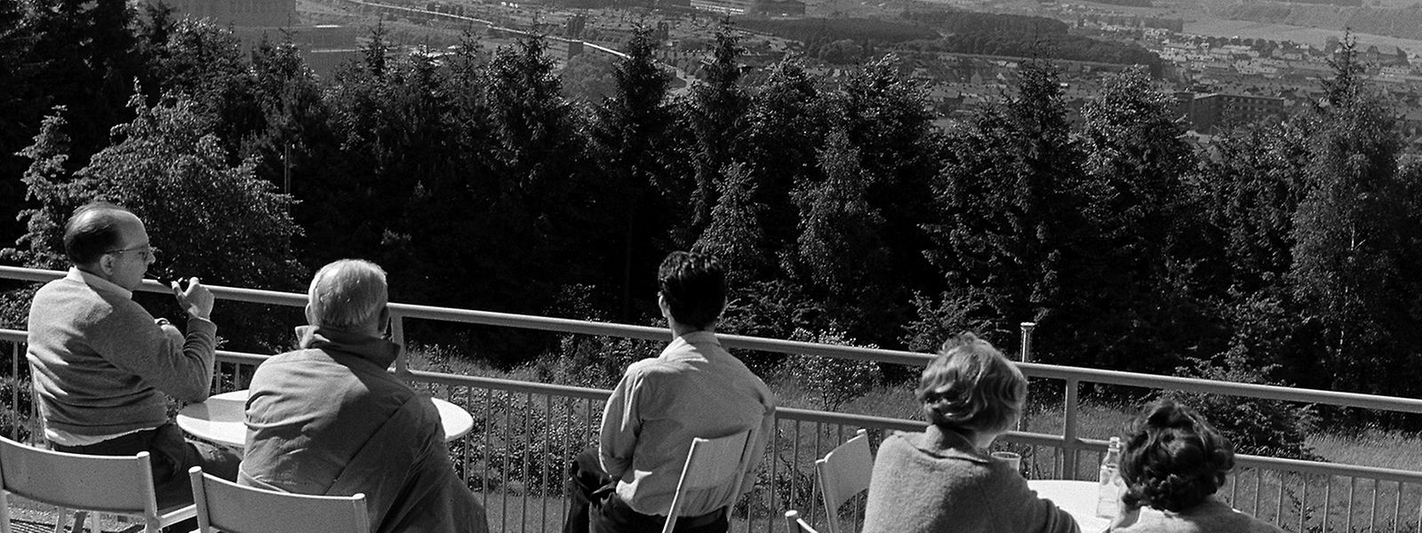 Den Überblick über die Südregion hatten 1961 diese Personen vom Escher Galgenberg aus.