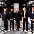 (LtoR) French presidential election candidates, right-wing Les Republicains (LR) party Francois Fillon, En Marche ! movement Emmanuel Macron, far-left coalition La France insoumise Jean-Luc Melenchon, far-right Front National (FN) party Marine Le Pen, and left-wing French Socialist (PS) party Benoit Hamon, pose before a debate organised by the French private TV channel TF1 on March 20, 2017 in Aubervilliers, outside Paris.       / AFP PHOTO / POOL AND AFP PHOTO / Patrick KOVARIK