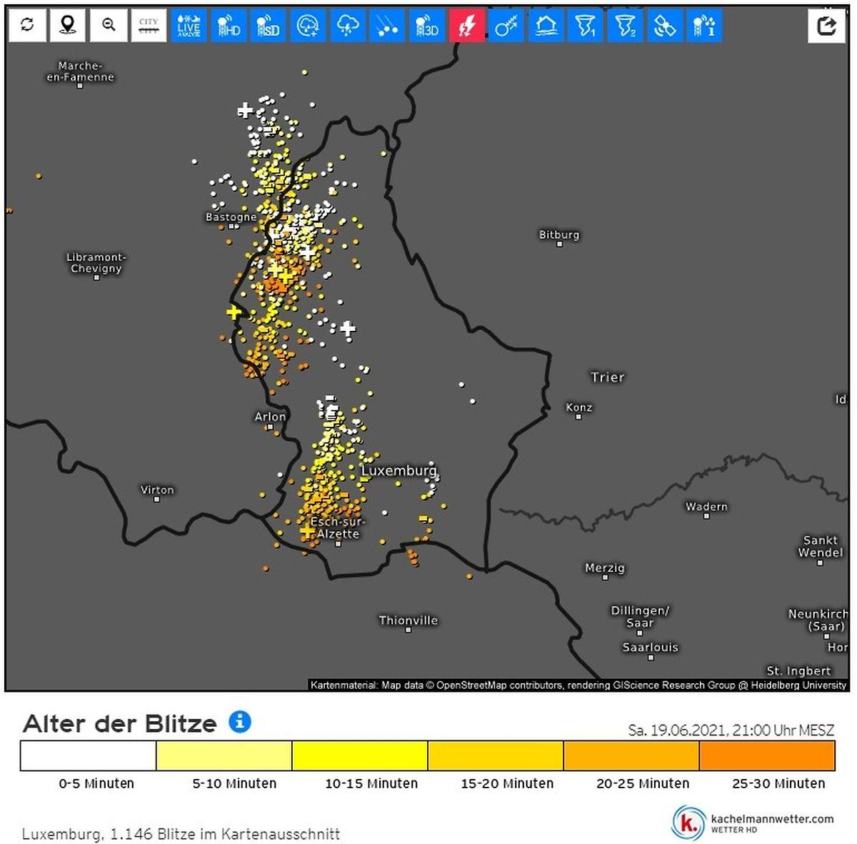 Mapa com o registo dos relâmpagos que atingiram o Luxemburgo e arredores.