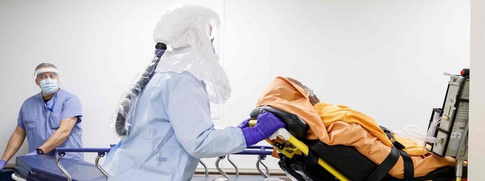 C'est pour bénéficier d'une assistance coeur-poumon que les deux résidents infectés ont été transférés à l'étranger.