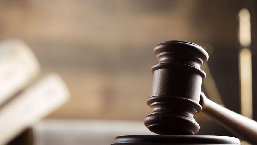 Im Scheidungsurteil konnte außer dem Leibhaftigen persönlich kein Schuldiger gefunden werden.