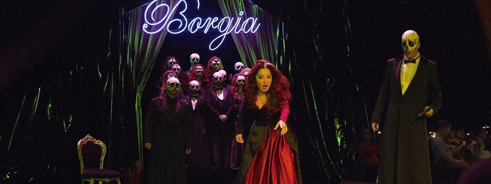 Des productions telles que Lucrezia Borgia à la Monnaie pourraient ne plus avoir lieu, l'institution étant contrainte à faire des économies dans tous les domaines, y compris la réalisation de costumes.