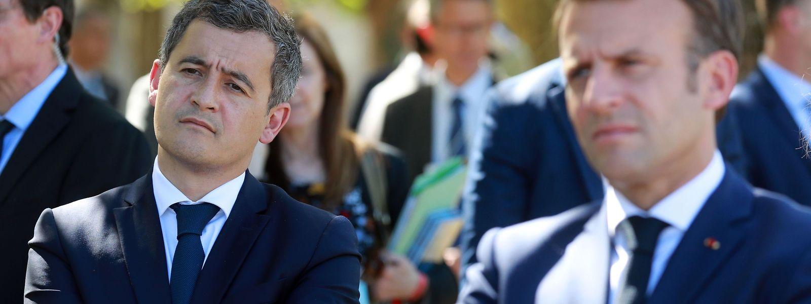 Innenminister Gérald Darmanin (links) ist zu einer wichtigen Waffe von Präsident Emmanuel Macron (rechts) im Kampf um konservative Stimmen geworden.