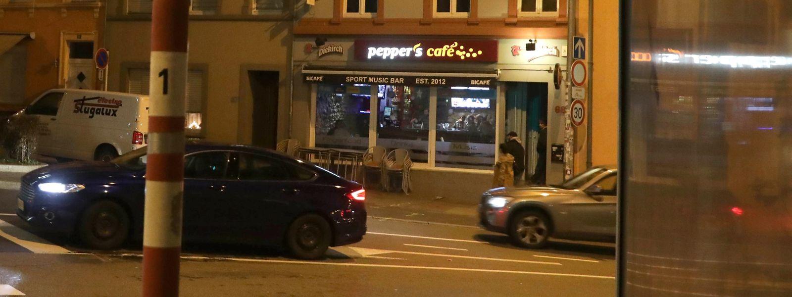 Am 31. Januar 2016 war ein Polizeieinsatz gegen Falschparker vor einer Gaststätte in der hauptstädtischen Rue de Bonnevoie eskaliert.