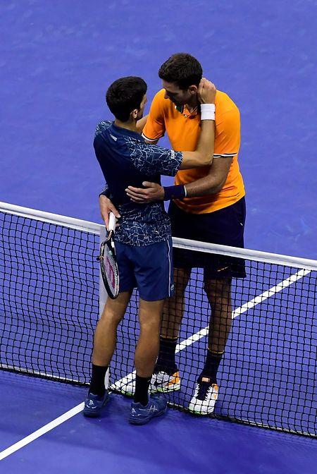 Gegenseitiger Respekt: Novak Djokovic und Juan Martin del Potro (r.) schätzen sich.
