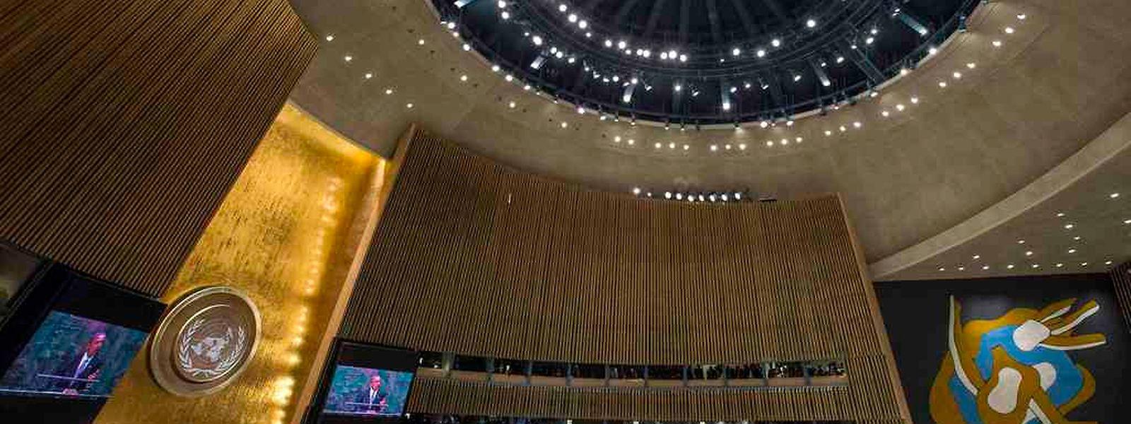 Blick in den Sitzungssaal während der Debatten.