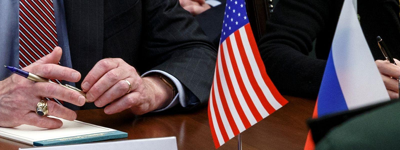 Um die Zukunft des Verbots nuklearer Kurz- und Mittelstreckenraketen soll es am Dienstagnachmittag auch bei einem Treffen zwischen Präsident Wladimir Putin und US-Sicherheitsberater John Bolton gehen.