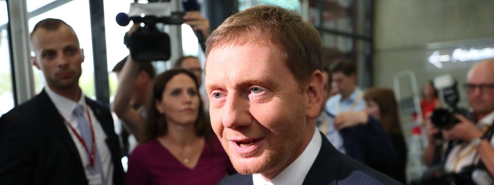 Nach ersten Hochrechnungen kommt die CDU von Ministerpräsident Michael Kretschmer in Sachsen auf 32 bis 33,1 Prozent.