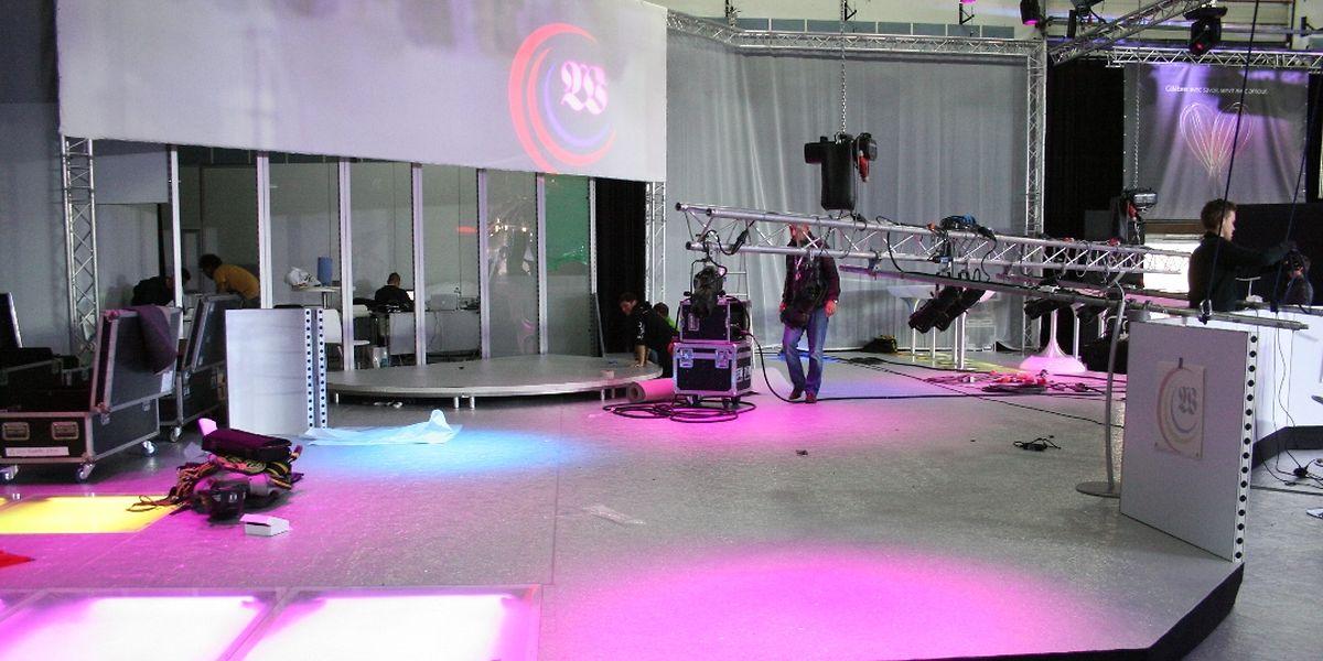 Der Stand des Medienhauses Saint-Paul befand sich am Freitagnachmittag noch im Aufbau.