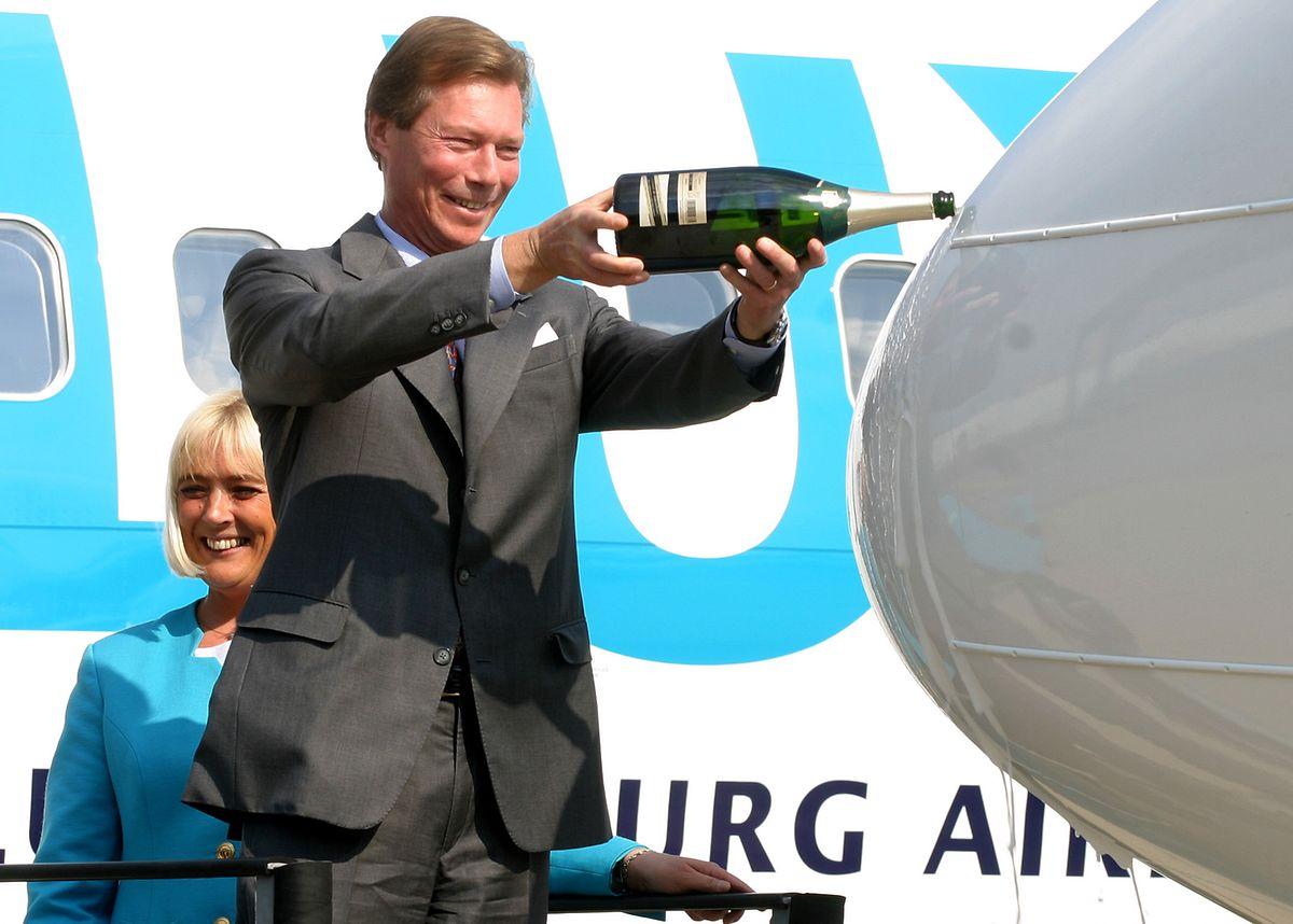 Comme ici pour le baptême d'un nouveau Boeing arrivant chez Luxair, c'est bien du crémant qui coule à flot!