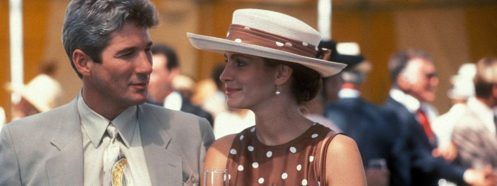 Millionär Edward (Richard Gere) heuert die fröhlich-selbstbewusste Vivian (Julia Roberts) eine Woche lang als Begleitung an.