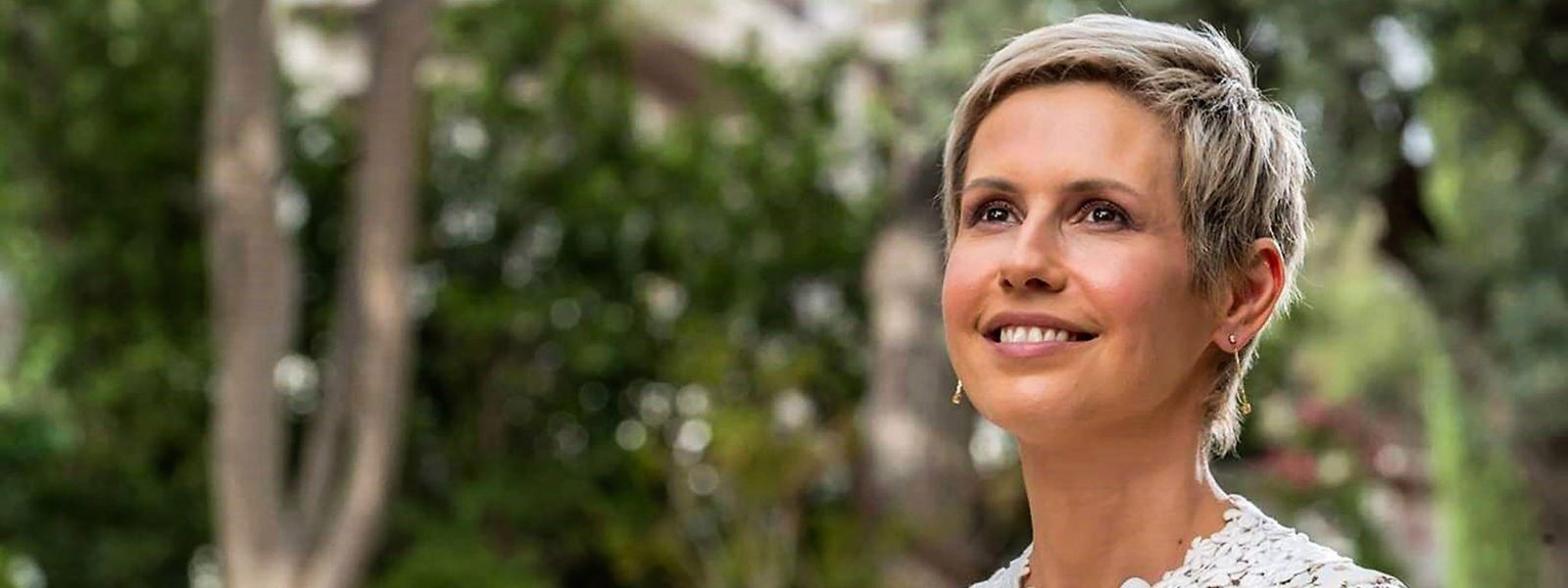 """Asma al Assad: Von Magazinen wie """"Vogue"""" und """"Paris Match"""" gefeiert, schweigt die in London ausgebildete Finanzanalystin zu den Verbrechen des Assad-Regimes bis heute."""