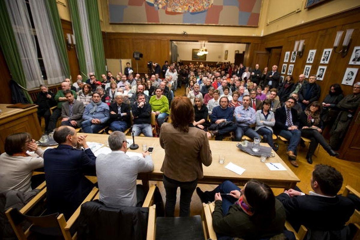 Etwa 200 Personen haben an der Informationsversammlung teilgenommen.