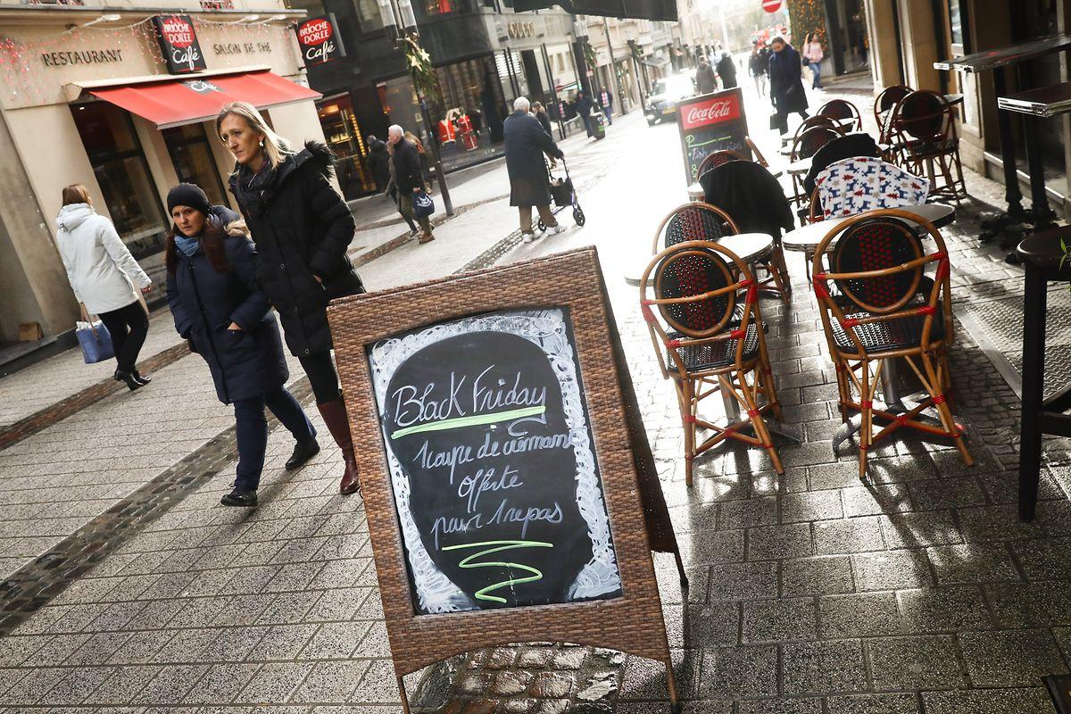 """Viele Geschäfte in der Hauptstadt bieten """"Black Friday""""-Rabatte an."""