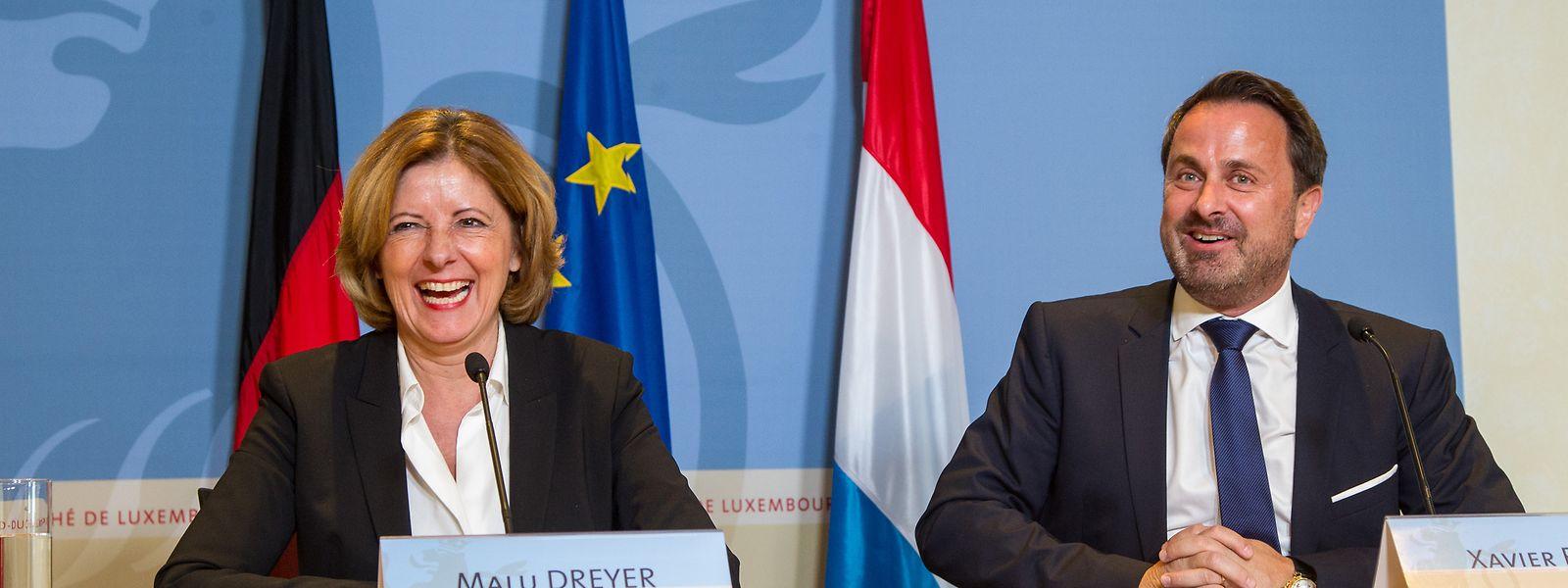 Malu Dreyer, Ministerpräsidentin von Rheinland-Pfalz, hier in einem Archivfoto mit Premierminister Xavier Bettel zu sehen, hat die deutsche Bundesregierung um eine Aufhebung von Luxemburgs Status als Risikogebiet gebeten.