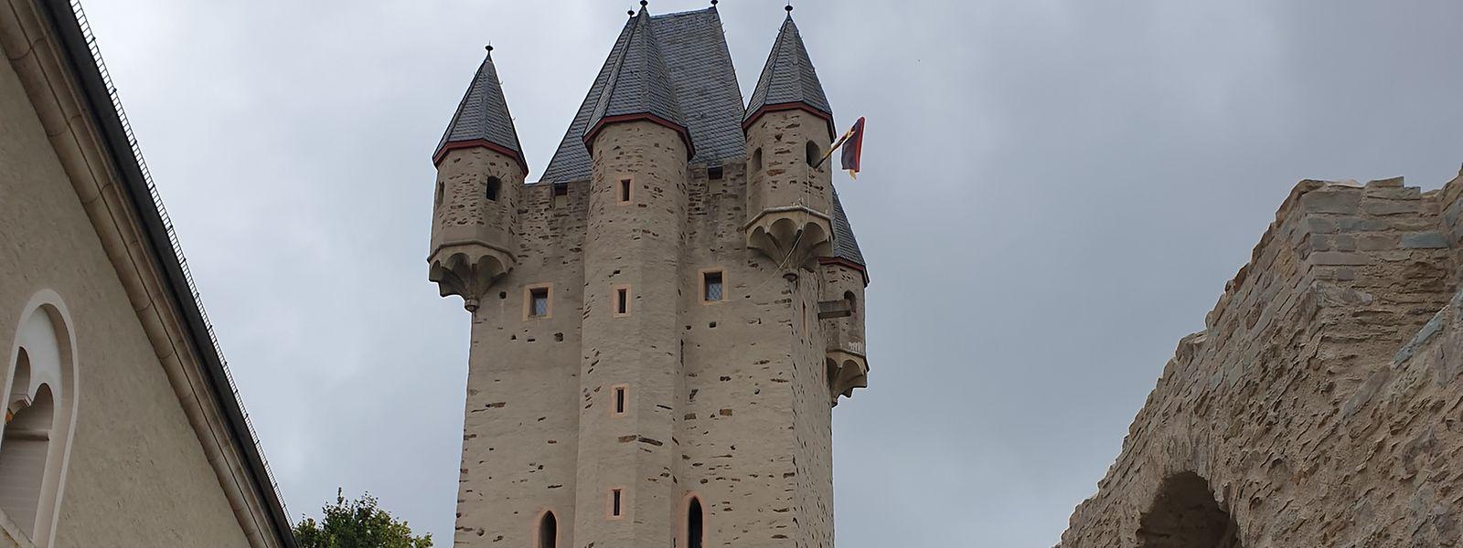 Der Stammsitz der luxemburgischen Dynastie, Burg Nassau, thront über der gleichnamigen Stadt.
