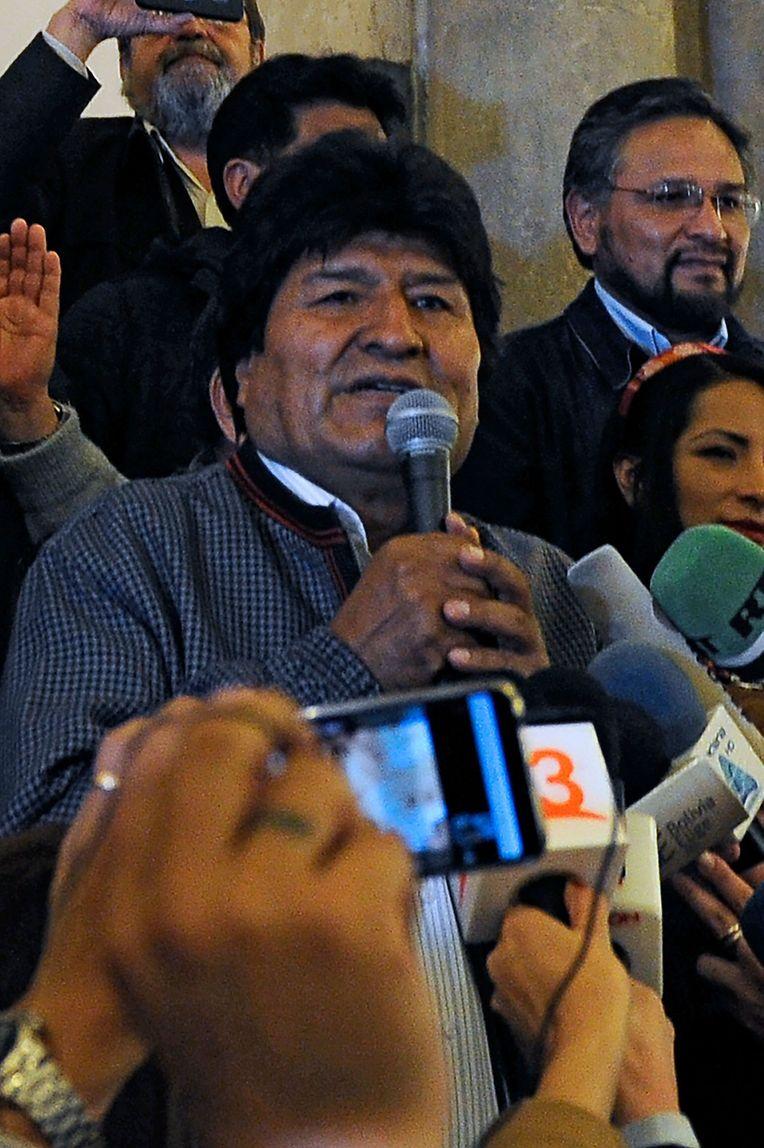 Der bolivianische Präsident  Evo Morales (59) bewirbt sich für eine vierte Amtsperiode in Folge seit 2006.