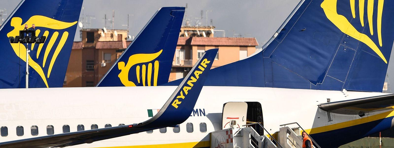 Die irische Fluggesellschaft reagiert mit einem Flugstopp auf die Vorsichtsmaßnahmen der italienischen Regierung.